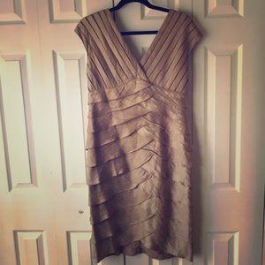 Adrianna Papell Cap Sleeve V Neck Dress (Size 12)